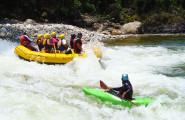 canotaje-y-kayak-en-la-selva-central-xplorer-landascape